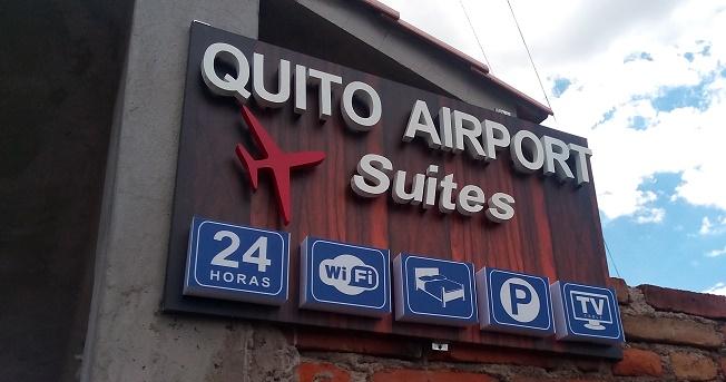 hotel aeropuerto tababela